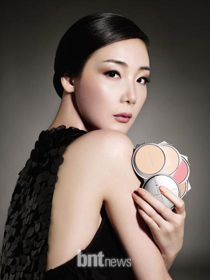"""Choi Ji Woo vẫn đắt """"sô"""" quảng cáo mỹ phẩm - 6"""