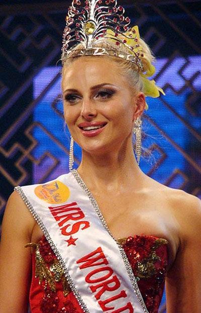 Tân hoa hậu quý bà từng tham dự nhiều cuộc thi sắc đẹp - 7