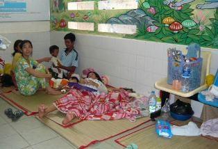 Trẻ mắc bệnh hô hấp tăng cao - 1