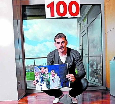 """Casillas trước cơ hội gia nhập """"CLB 100"""" tại Champions League - 1"""