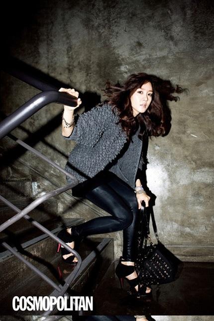 """Vẻ đẹp ngọt ngào và sexy của """"búp bê"""" Sung Yu Ri - 3"""