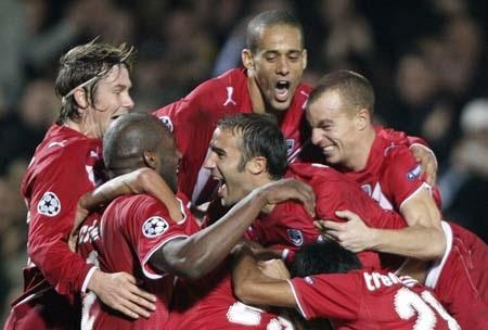 Bordeaux ra tay mở đường sống cho Bayern - 1
