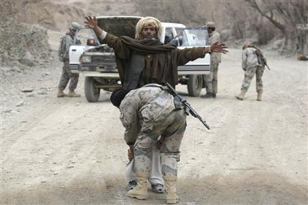 Mỹ sẽ rút khỏi Afghanistan vào năm 2017 - 1