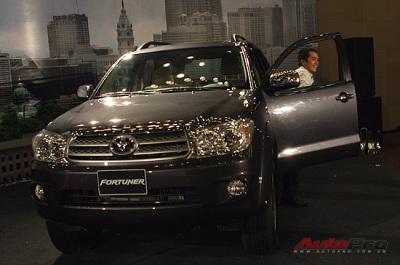 Toyota Việt Nam tăng giá tất cả các xe  - 1