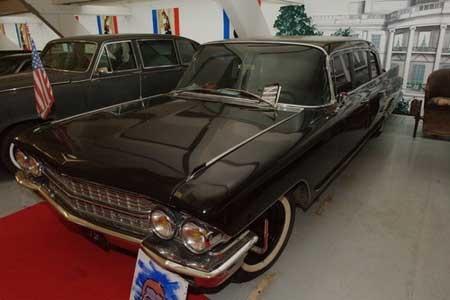 Thăm bảo tàng ô tô tổng thống ở Pháp - 7