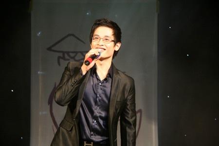 Hoa khôi ĐH Phú Xuân lộ diện - 1