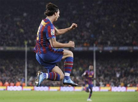 Ibrahimovic tri ân Alves vì đường kiến thiết hoàn hảo - 1