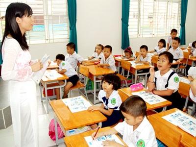 Sẽ thực hiện phụ cấp thâm niên cho giáo viên - 1