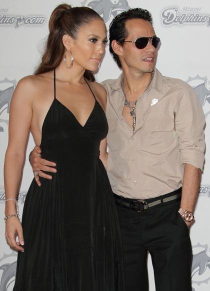 Jennifer Lopez phủ nhận tin đồn có con bằng thụ tinh ống nghiệm - 4
