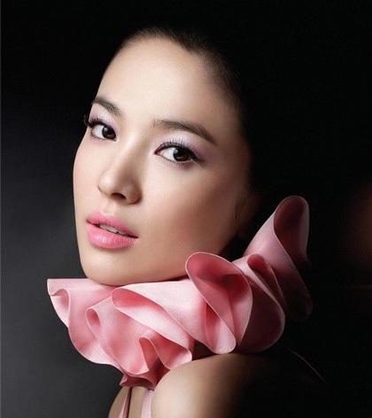 """Song Hye Kyo sẽ yêu """"tiểu hổ"""" Kang Dong Won - 2"""