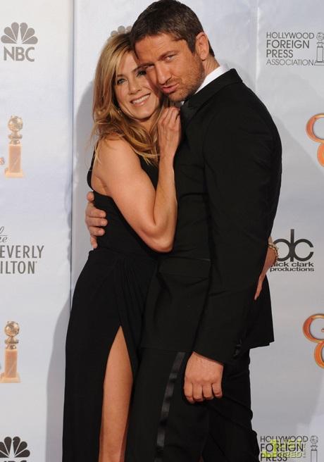 Jennifer Aniston khoe chân siêu đẹp tại lễ trao giải Quả Cầu Vàng - 10