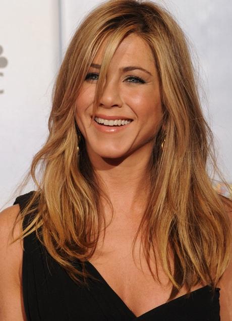Jennifer Aniston khoe chân siêu đẹp tại lễ trao giải Quả Cầu Vàng - 6