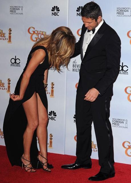Jennifer Aniston khoe chân siêu đẹp tại lễ trao giải Quả Cầu Vàng - 7