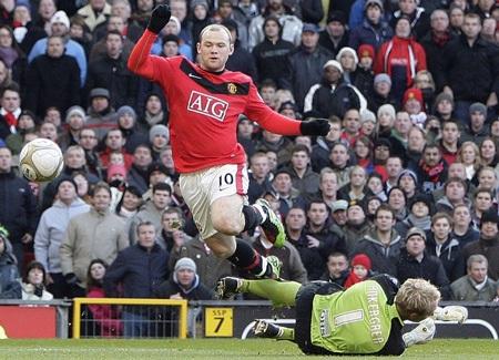 Barcelona dùng lương khủng để lôi kéo Rooney - 1