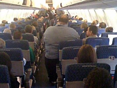 Air France thu tiền 2 ghế với hành khách béo phì - 1