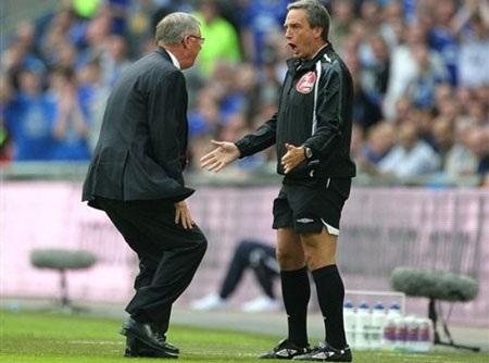 """Fergie tái ngộ """"kẻ thù"""" Wiley ở trận derby Manchester - 1"""