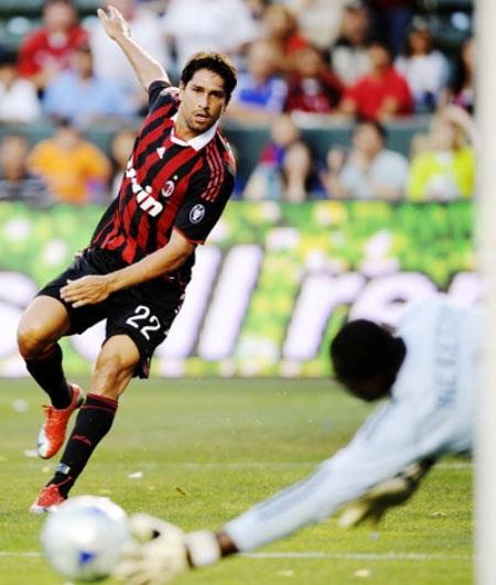 AC Milan - Ghi bàn và hồi sinh! - 3