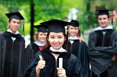 Học Demo tại British University Vietnam  - 4