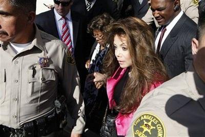 Bác sĩ tư của Michael Jakson được xử vô tội - 4