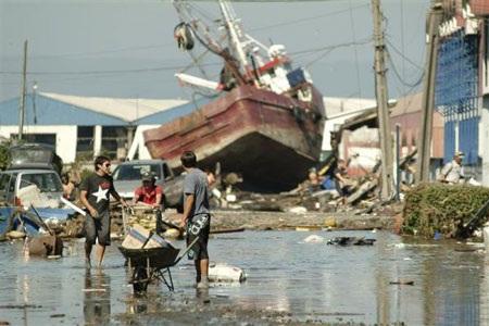 Chile - ngày thứ hai sau trận động đất kinh hoàng - 5