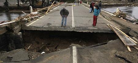 Chile - ngày thứ hai sau trận động đất kinh hoàng - 1