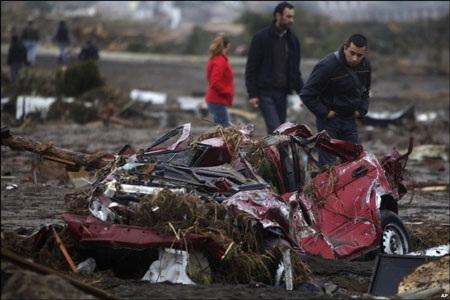Chile - ngày thứ hai sau trận động đất kinh hoàng - 15
