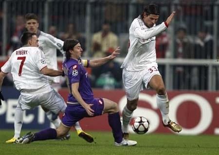 """Hiểm họa rình rập """"Hùm xám"""" Bayern tại Florence - 2"""
