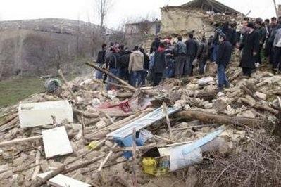 Động đất mạnh rung chuyển Thổ Nhĩ Kỳ, 57 người chết - 3