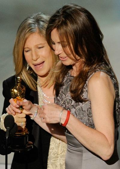 Vợ cũ của James Cameron làm nên lịch sử tại Oscar 2010 - 4