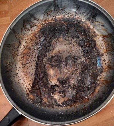 Chúa Jesus xuất hiện trên chảo rán - 2