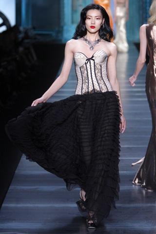 BST xuân hè 2010 của Christian Dior   - 17