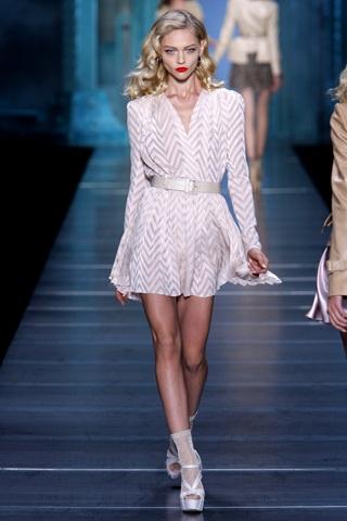 BST xuân hè 2010 của Christian Dior   - 25