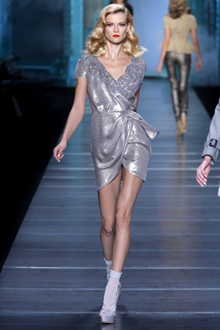BST xuân hè 2010 của Christian Dior   - 28