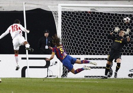 Barcelona - Stuttgart: Thách thức nhà vô địch - 1