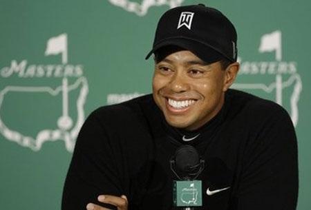 Tiger Woods tái xuất sau scandal tình ái - 1