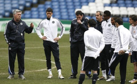 Abramovich sẽ vung 100 triệu bảng cải tổ Chelsea - 1