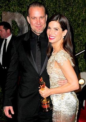 """Chồng Sandra Bullock bị """"tố"""" ngoại tình - 5"""