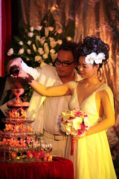 Ca sĩ Tô Minh Thắng cưới chị họ của Vũ Thu Phương - 9