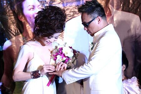 Ca sĩ Tô Minh Thắng cưới chị họ của Vũ Thu Phương - 7