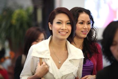 Ca sĩ Tô Minh Thắng cưới chị họ của Vũ Thu Phương - 16