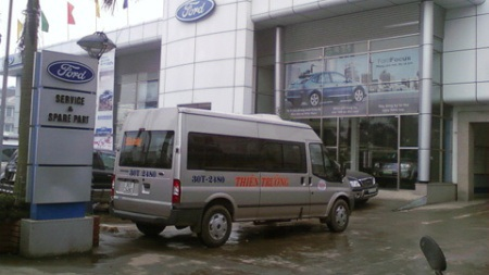 Khách hàng chuẩn bị thủ tục kiện Ford Việt Nam - 1