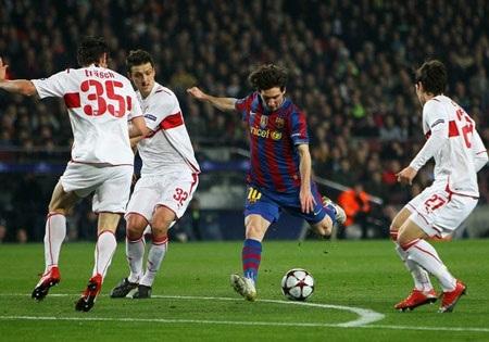 """Thế giới """"ngả mũ"""" trước Messi và Barcelona - 1"""