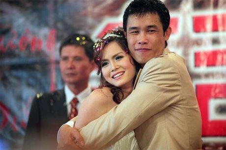 """Hiệp """"Gà"""" bối rối trong ngày cưới vợ mới - 1"""
