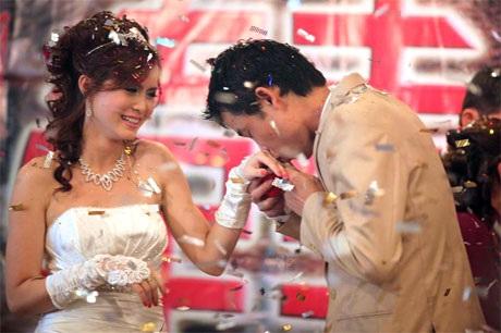 """Hiệp """"Gà"""" bối rối trong ngày cưới vợ mới - 11"""