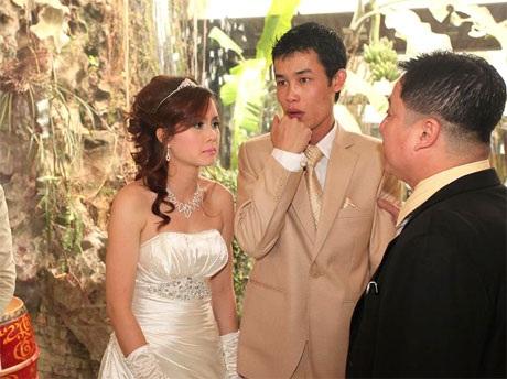 """Hiệp """"Gà"""" bối rối trong ngày cưới vợ mới - 6"""