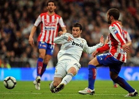 Real Madrid nhọc nhằn vượt ải Gijon - 1