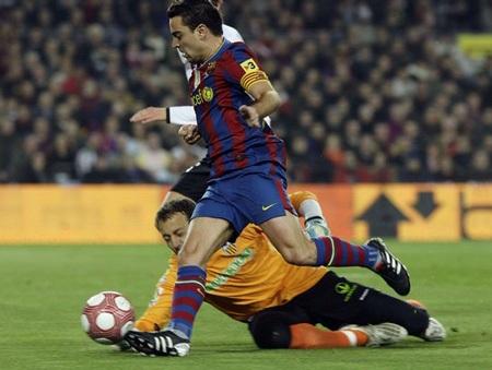 Zaragoza - Barcelona: Gọi tên Lionel Messi - 2