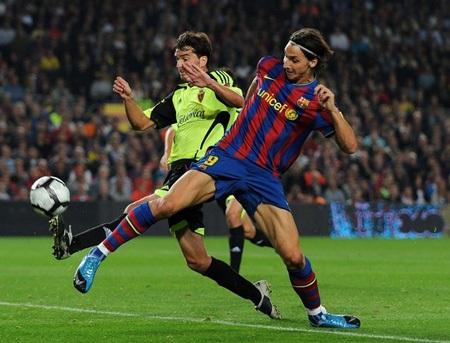 Zaragoza - Barcelona: Gọi tên Lionel Messi - 3