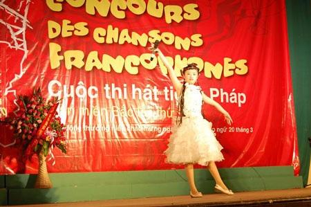 Trẻ trung ca hát tiếng Pháp toàn miền Bắc lần thứ 13 - 3