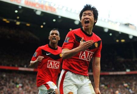 Ngược dòng hạ Liverpool, MU trở lại ngôi đầu - 1